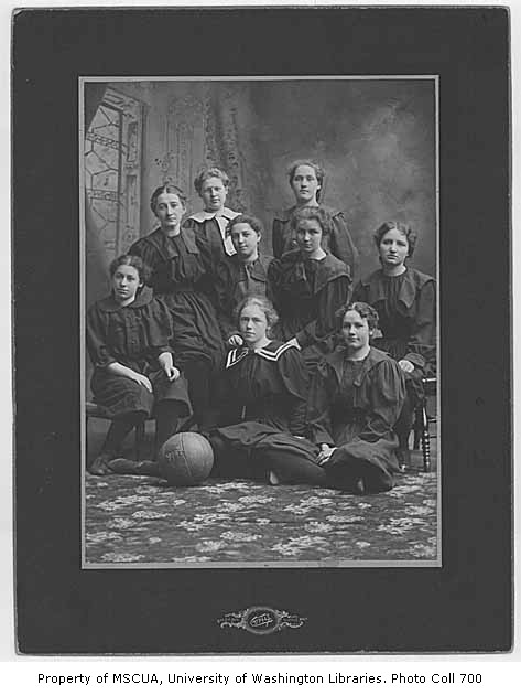 111 womens basketball 2