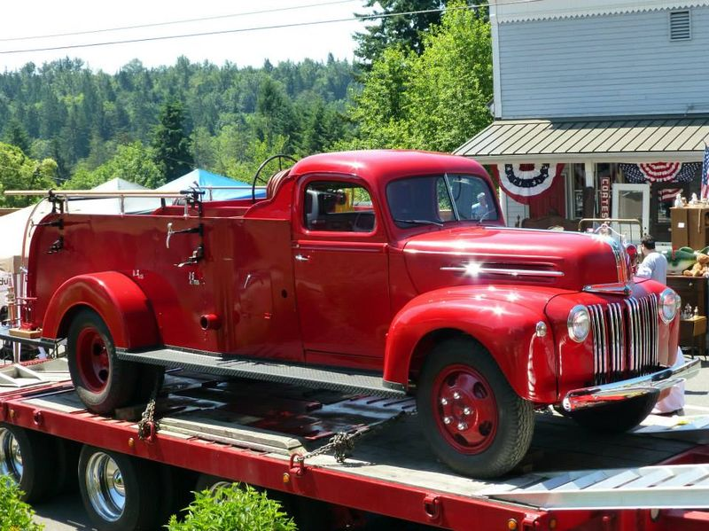 1947 Ford Fire Truck 2