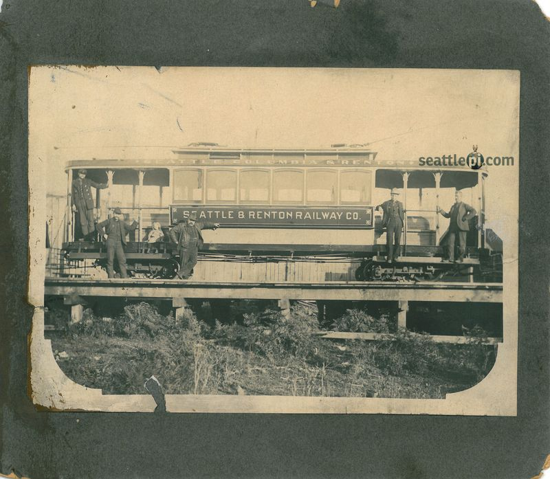 111 rail_car_-_front_-_with_watermark