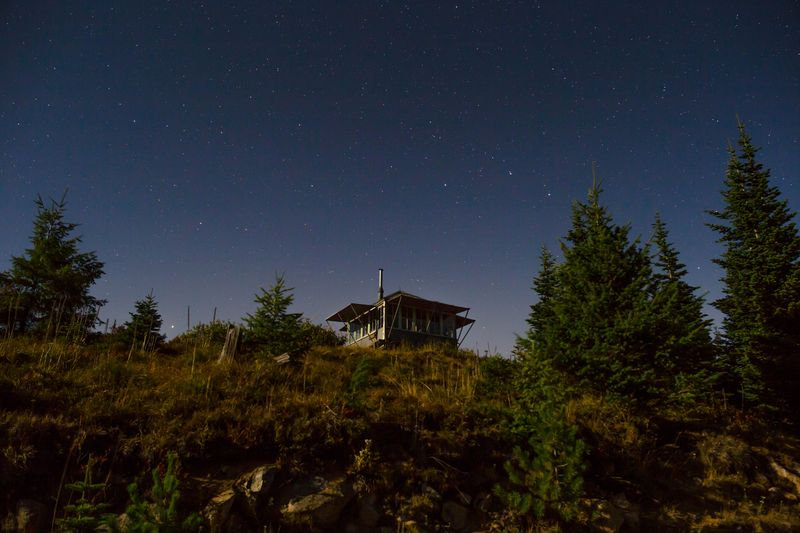 Ssuntop lookout under the stars-0451