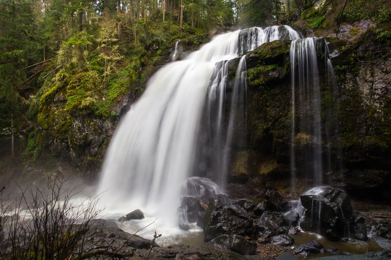 Middle Falls 5-8826