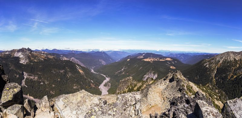 A summit panorama (1 of 1)