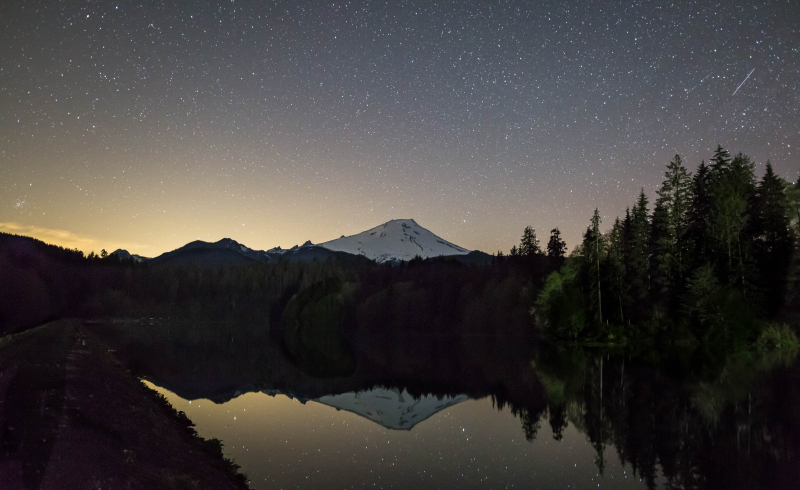 Mount Baker Nightshot 10