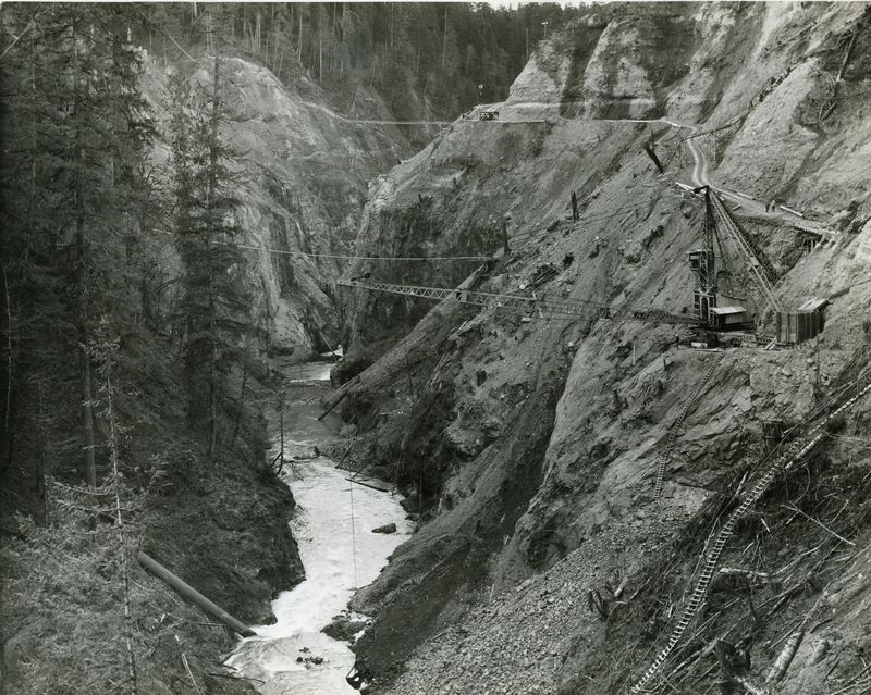 Mud mountain dam under construction