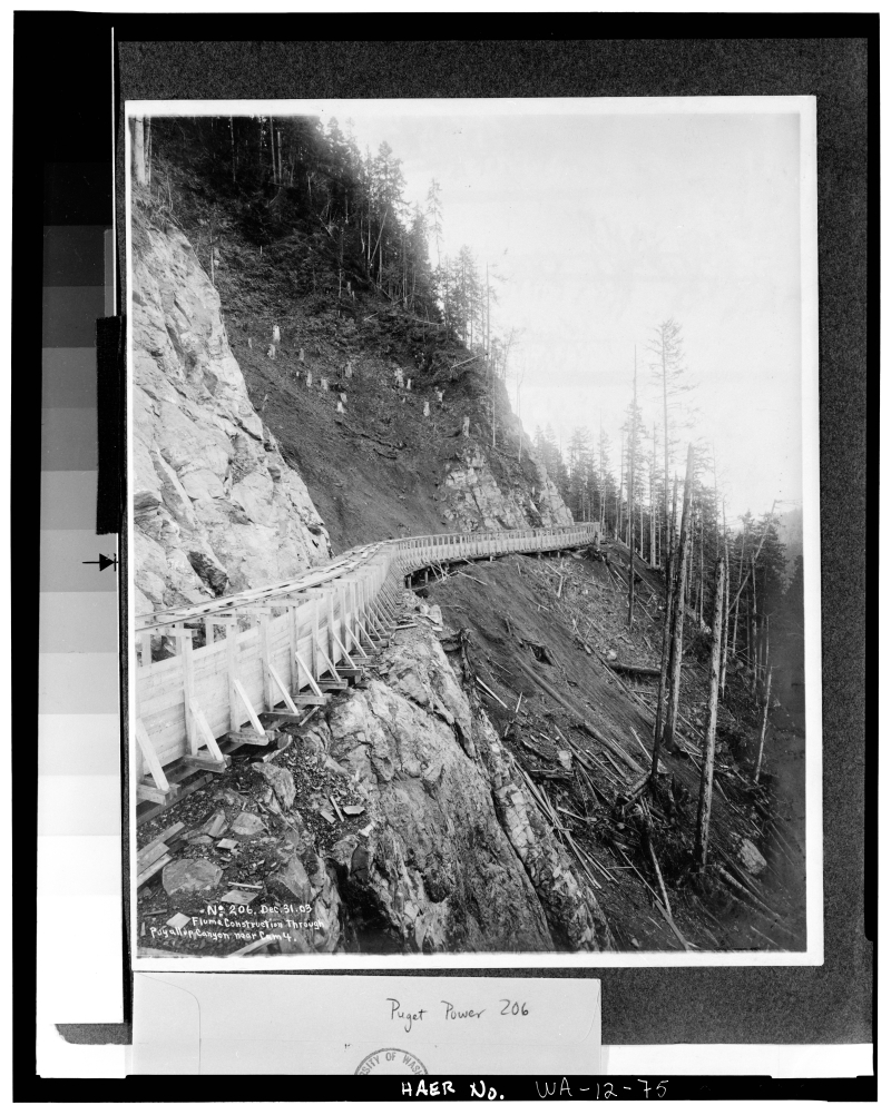 Flume construction canyon 1903 (1)