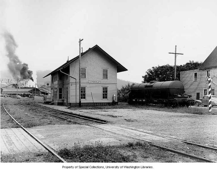 Eatonville sawmill and depot